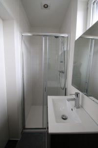 termostatlı duş ve lavabo