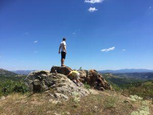 Para Bey doğduğum ülkenin dağlarında